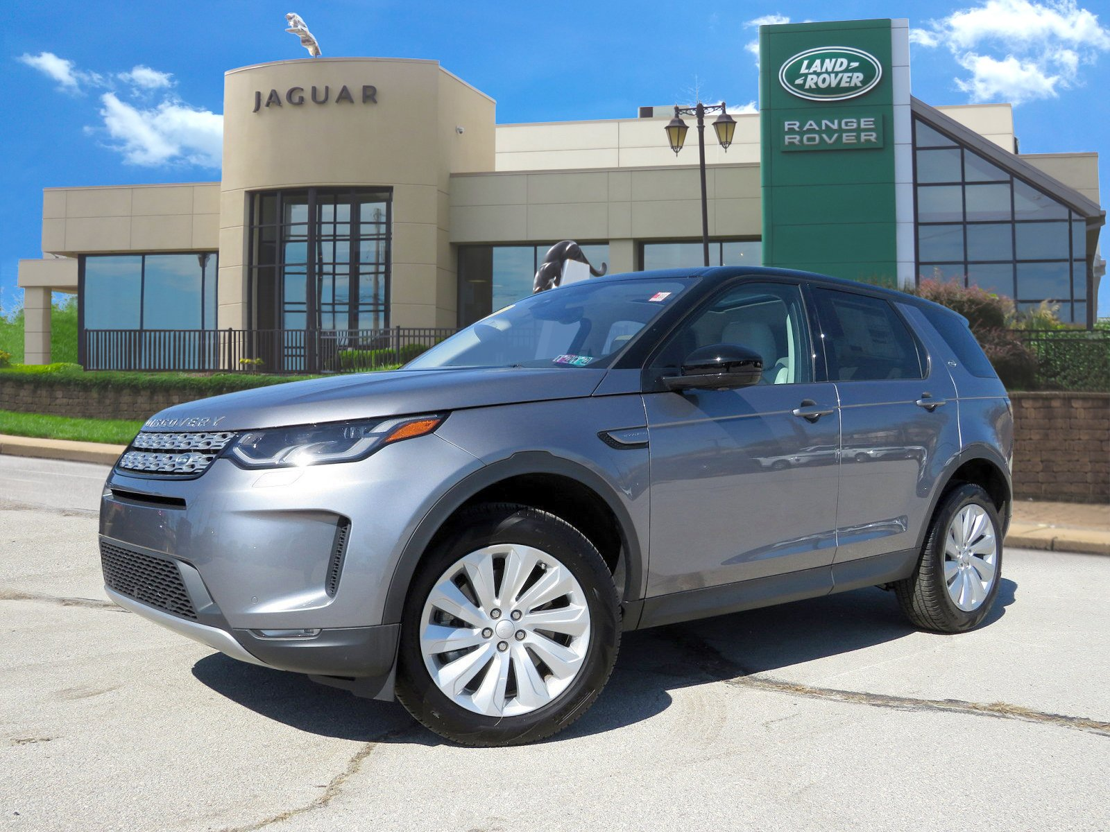 Certified Pre-Owned 2020 Land Rover Discovery Sport SE