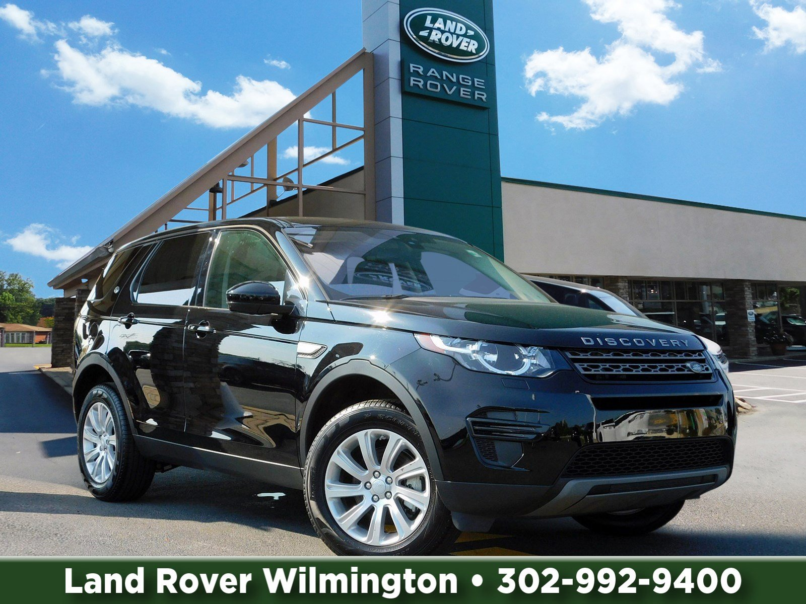 Certified Pre-Owned 2018 Land Rover Discovery Sport SE With Navigation & 4WD