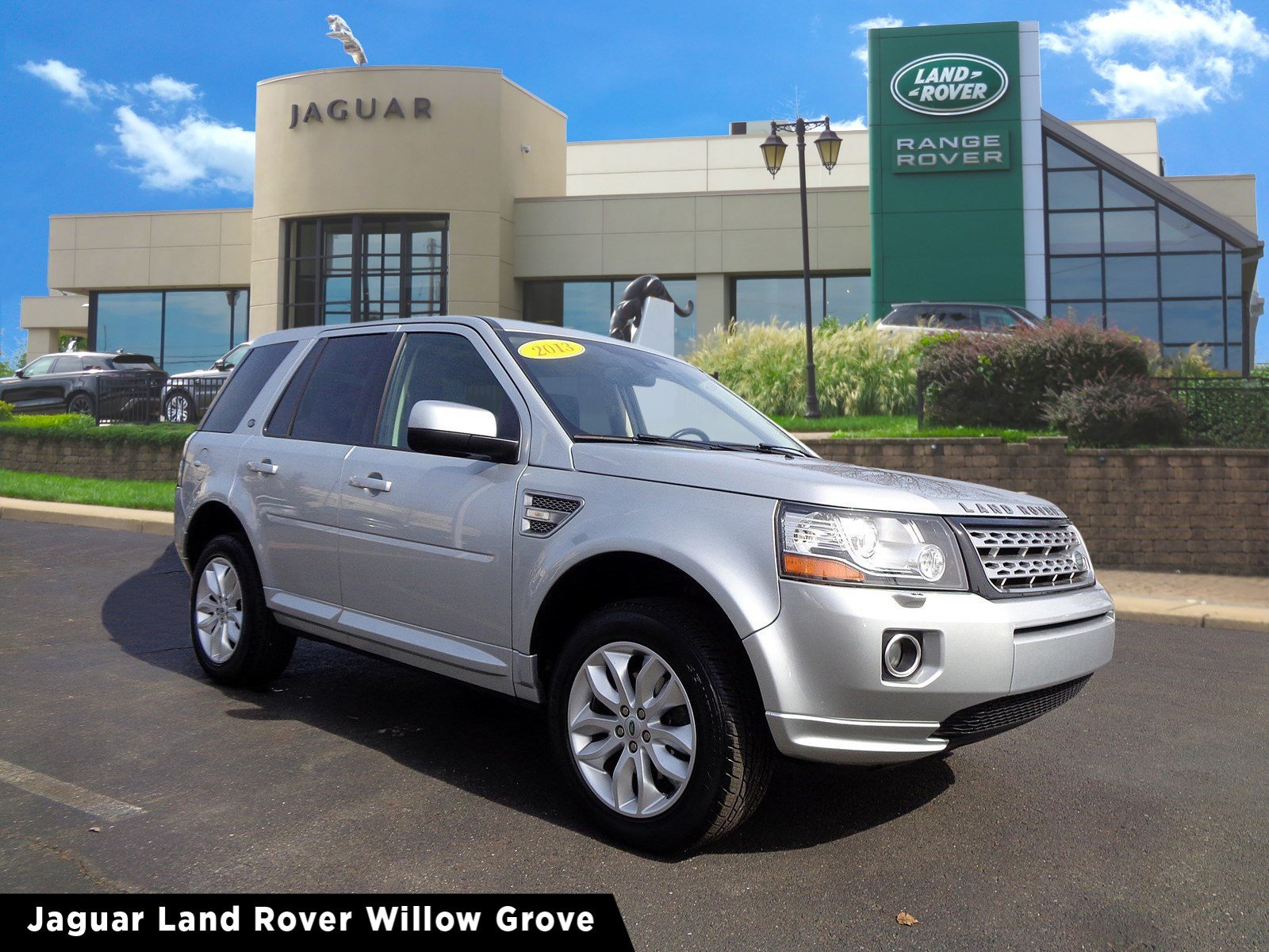 Pre-Owned 2013 Land Rover LR2